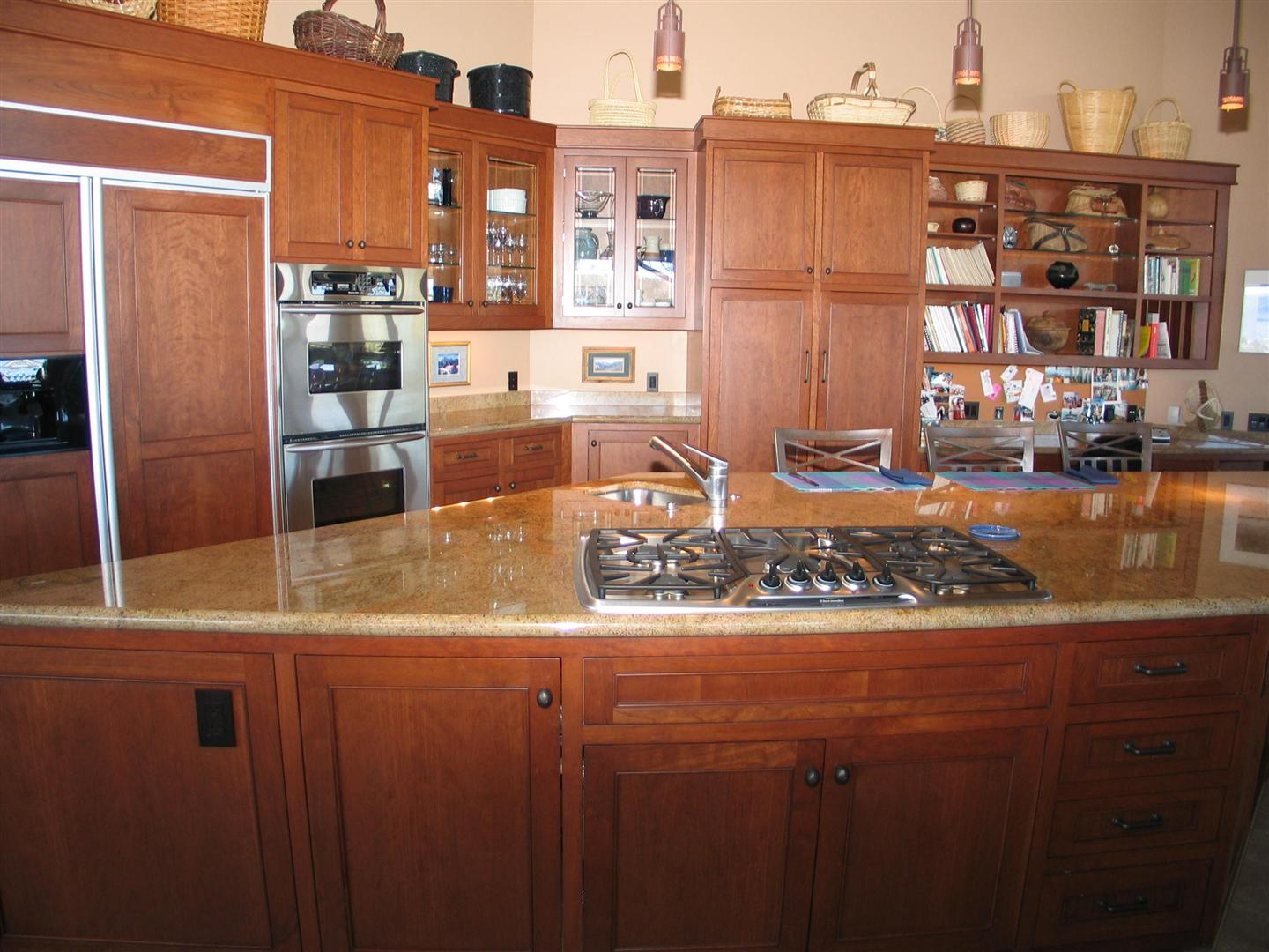 Large Contemporary Kitchen 3