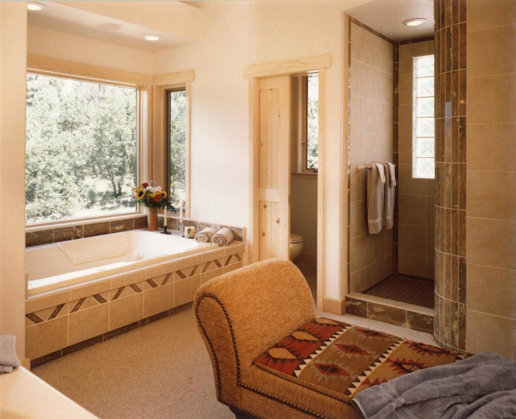 Master Tub and Nautilus Shower