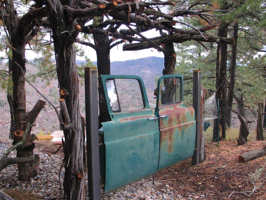 banker-truck-door-gate11-10-06-018